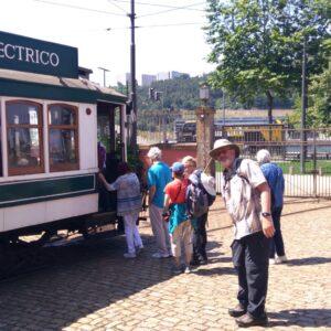 Group Train Tour Portugal